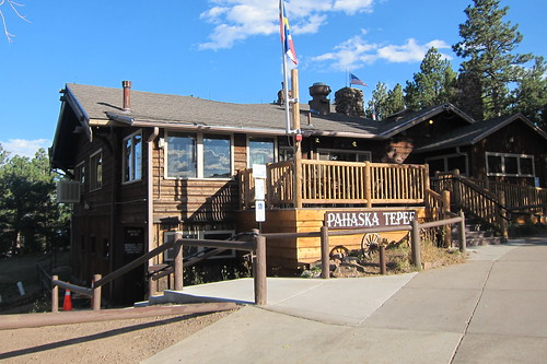 Colorado - Golden: Buffalo Bill Museum and Grave - Phasaka Tepee