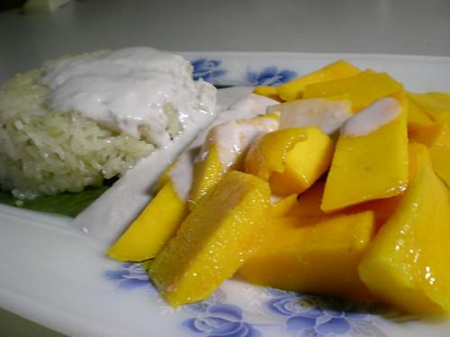STP's Thai mango-pulut dessert 1