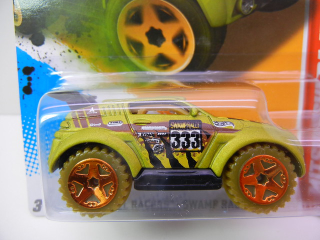 hot wheels mitsubishi pajero (2)