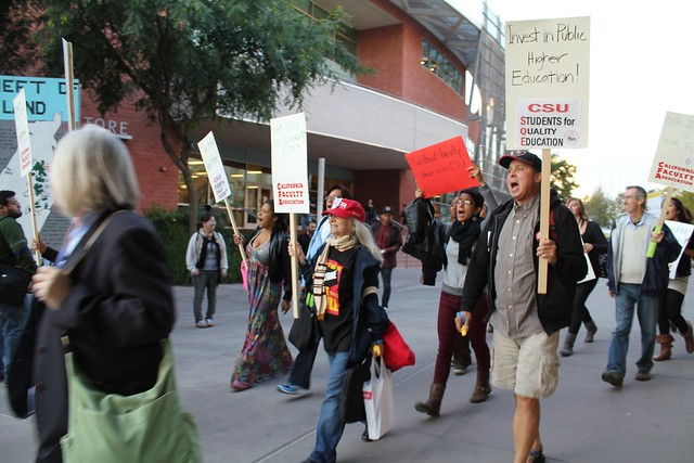Picketers @ CSULA on Nov. 8, 2011