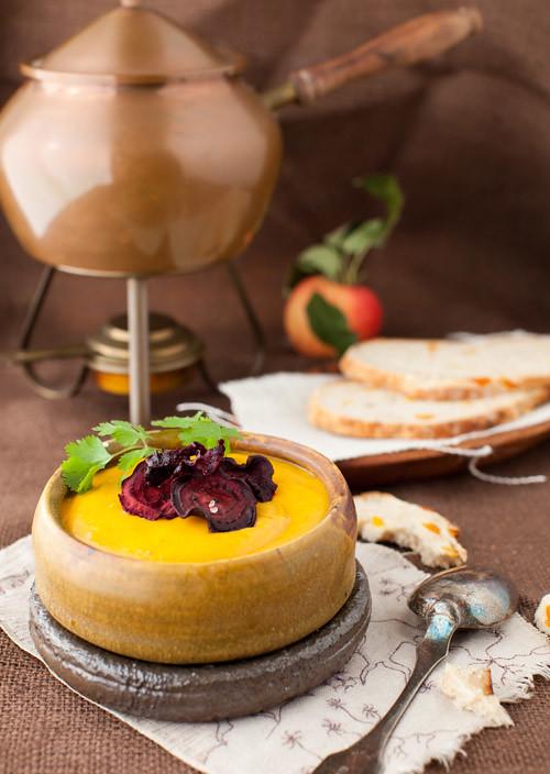 Sweet_potato_apple_soup_1
