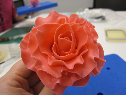 Finished sugar rose