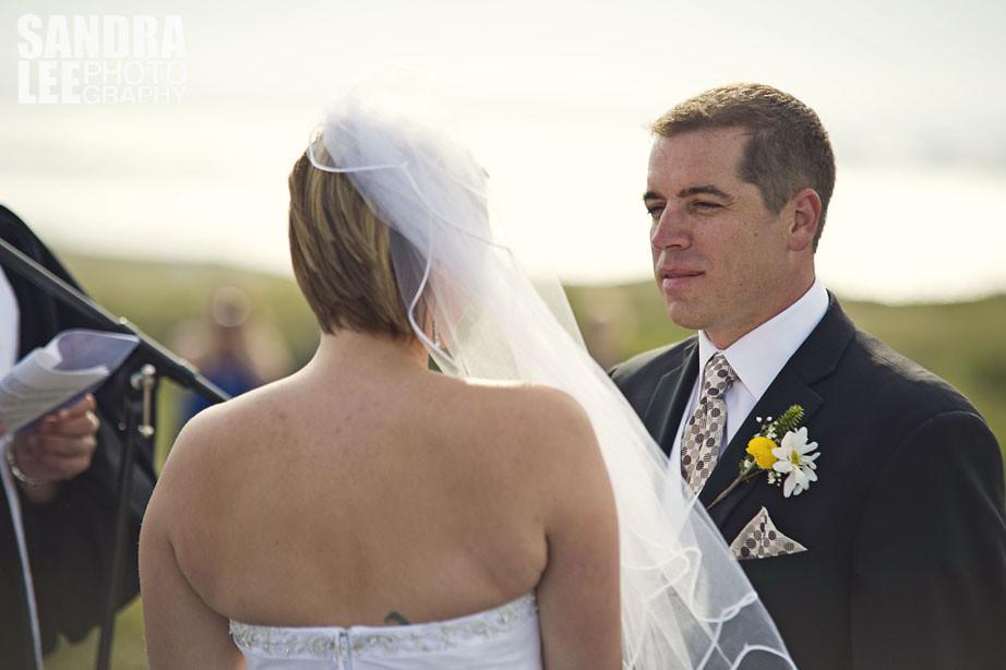 DD000425Deanne & Darryl's Pinchard's Island Wedding