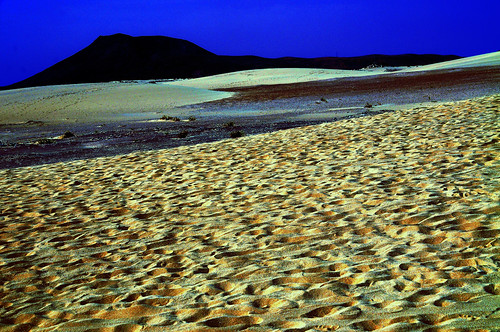 Chapter 7 - Corralejo, the unbereable lightness of the desert (#6): Moonlight