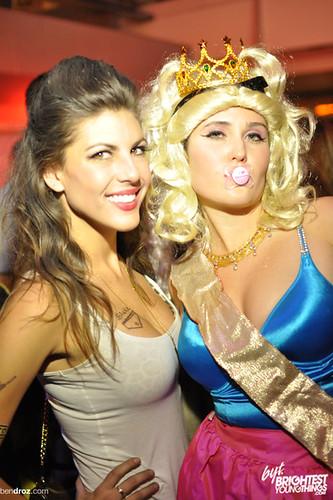 10:28:2011 Halloween BYT Newseum -17