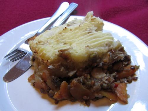 cottage pie, serving