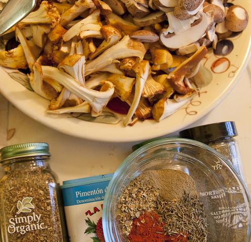 Cremini, Chantarelles, the spices