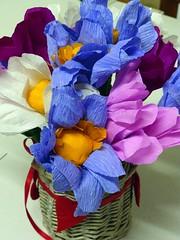 matite con fiore in carta crespa