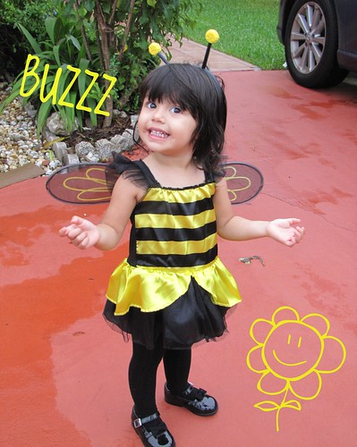Bumble Bee - 2nd Halloween by alexthoth