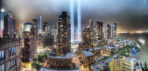 911 batteryparkcity newyorkcity nyc ny downtown september11th tributeinlight lightbeams manhattan lowermanhattan downtownnyc downtownmanhattan batterygarage memorial anniversary worldtradecenter wtc
