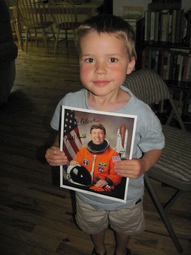 Astronomy Day at OMSI: Astronaut Michael Barratt