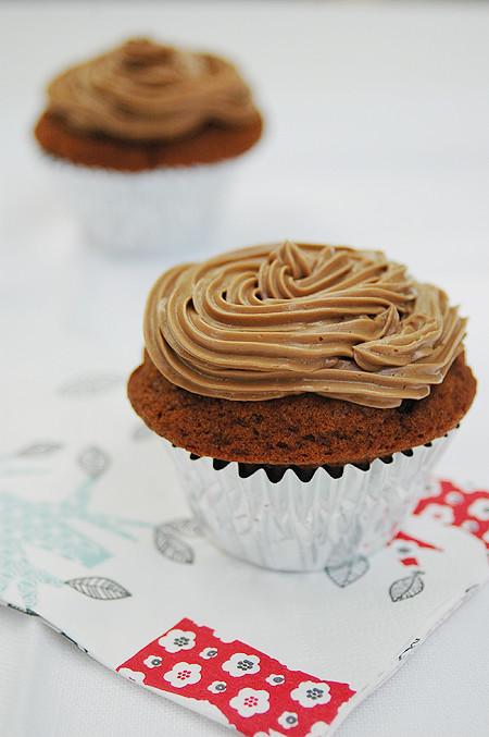 molasses-mocha-cupcake