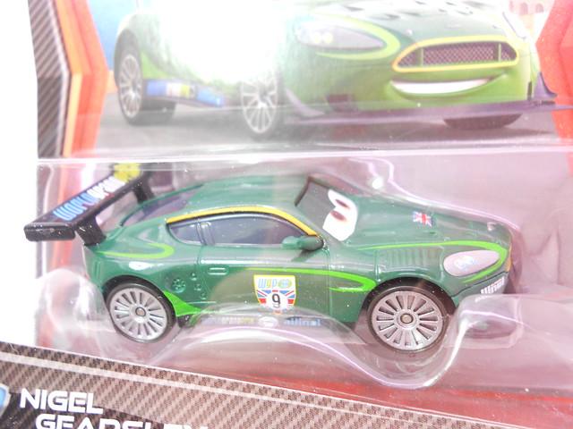 disney cars 2 case f nigel gearsley plastic tires (2)