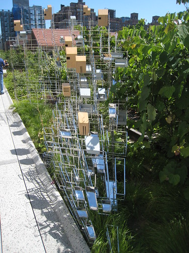 birdhouses/sculpture on the High Line by schmuela