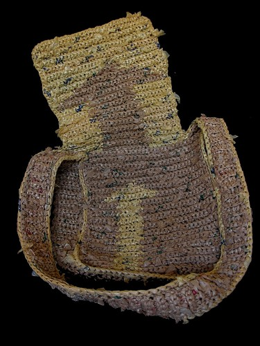 crochet plarn messanger bag