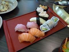 Macleod Sushi & BBQ - pix 04 - various sushi