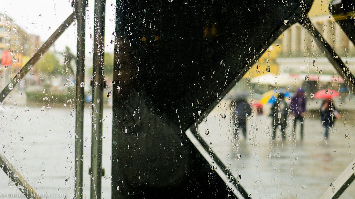 Llueve en el exterior del Konstmuseum