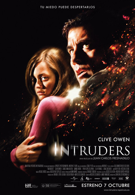 cartel en español de INTRUDERS