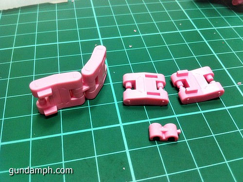 HG 144 Tieren Taozi Review OOB Build (14)