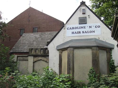 Gatehouse of Bishops House, Marton Road