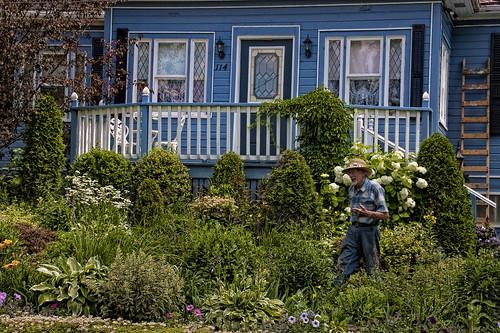 lanark-gardener2