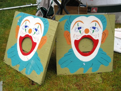 Open-mouthed clowns