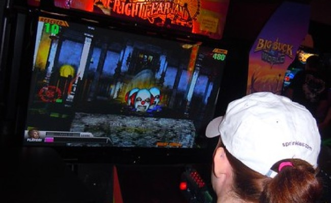Dave Buster S Officially Opens Orlando Video Game Arcade