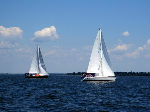 Sailen Whalen and Eagle tack up the Chester River