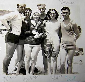 1928 Couple Friends