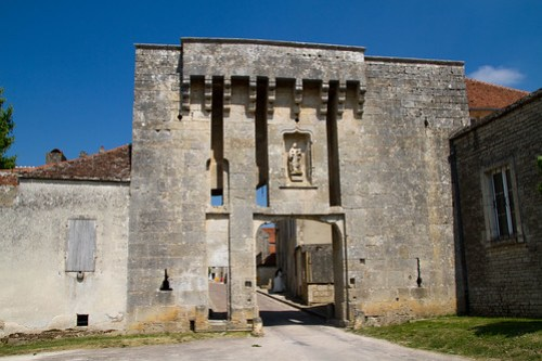 Flavigny-sur-Ozerain 20110426-IMG_8489