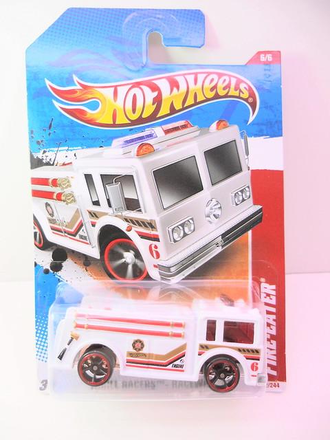 hot wheels fire eater white (1)