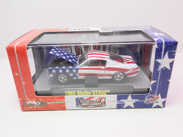 m2 auto dreams patriot release boxed 1951 studebaker 2r truck red white n blue (3)