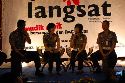 Langsat Talk Featuring Well-Known Briptu