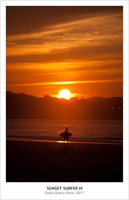 SUNSET SURFER 4