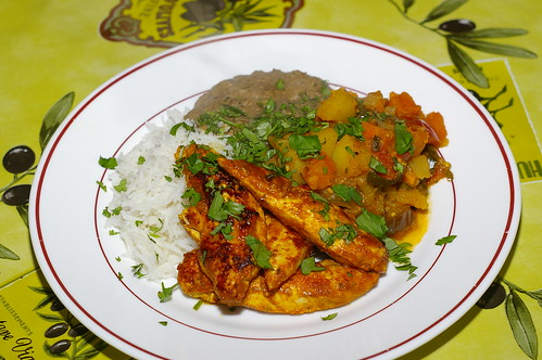 Tandoori-style chicken with vegetable curry, dhal and rice by La belle dame sans souci
