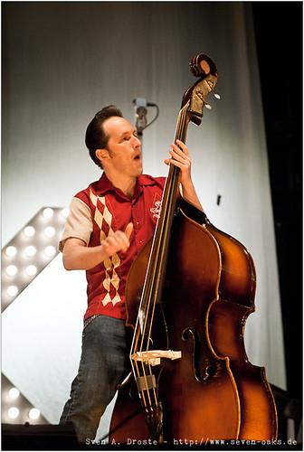 Phil X Hanson (Felix Wiegand) / Dick Brave & the Backbeats