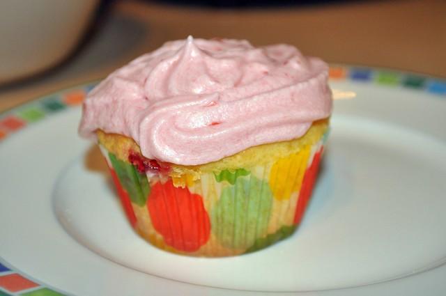 GF Basic White Cake with Strawberry Jam and Strawberry Buttercream