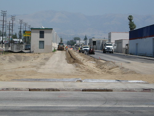Looking north on the proposed bike path north of Saticoy
