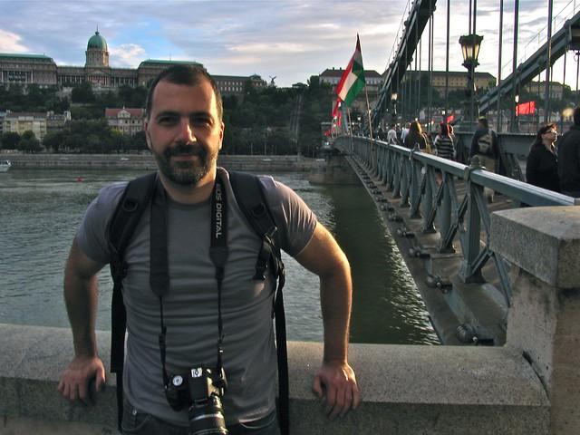 Le pont à chaînes et moi, Budapest