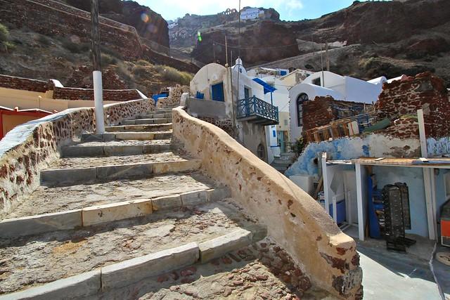 Escaliers vers Oia, Santorin, Grèce