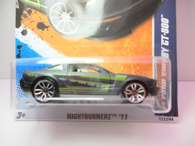 hot wheels '07 ford shelby gt500 grey (2)