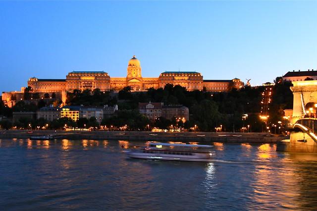 Palais Buda et le Danube, Budapest, Hongrie
