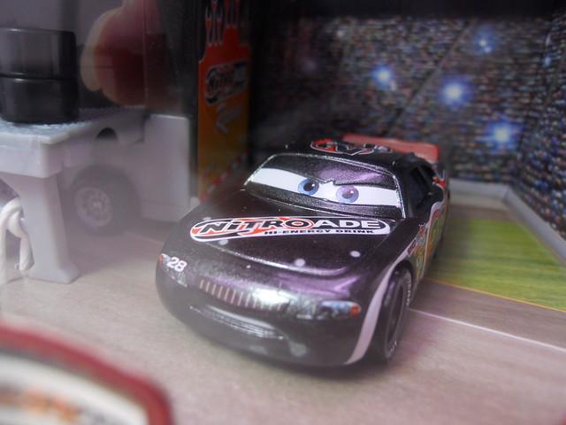 Disney CARS Nitrioade Hauler n Pitty Set (5)