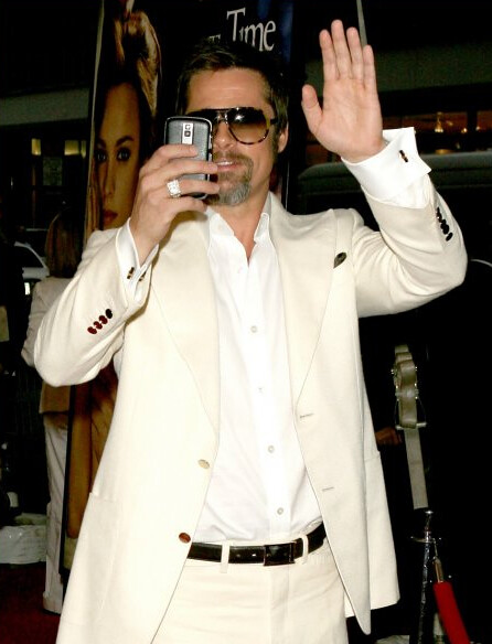 brad-pitt-and-blackberry-bold-gallery