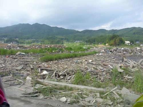 広田半島はまだまだ片付いてない, 陸前高田でボランティア Volunteer at Rikuzentakata, Iwate pref, Deeply Damaged Area by Japan Quake