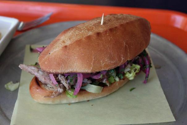 pulledporksandwich