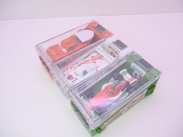 disney cars 2 tomica launcher group (2)