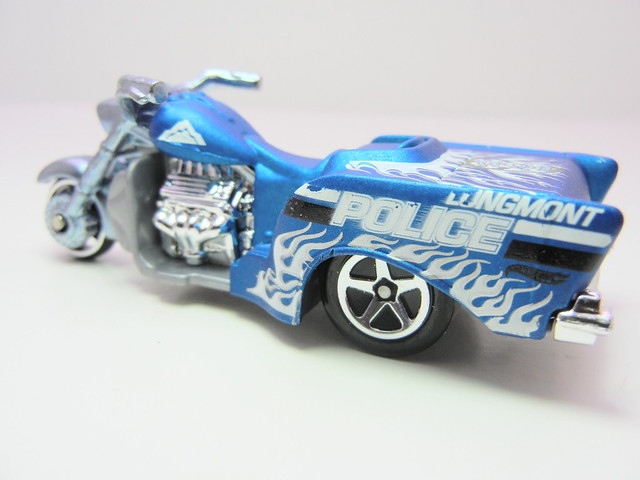 hot wheels boss hoss motorcycle blue (2)