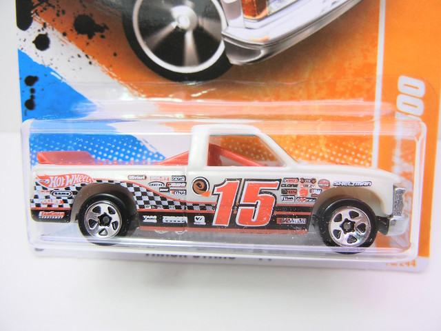 hot wheels chevy 1500 (2)