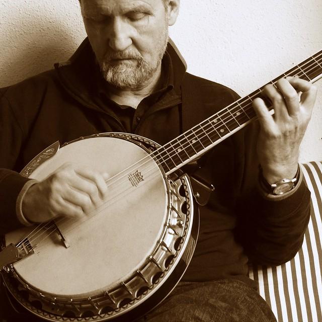 Sepia, self portrait with Banjo